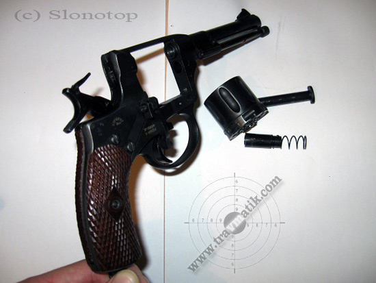 revolver-nagan-kombrig-05.jpg