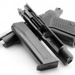 09. ММГ ФОРТ-12Р. Массогабаритный макет пистолета Форт-12Р.