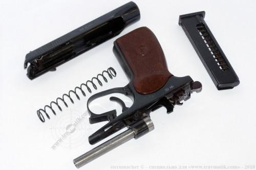 07. «ВИЙ». Травматический пистолет Макарова (ПМ) производства в/ч 4558, г. Нежин.