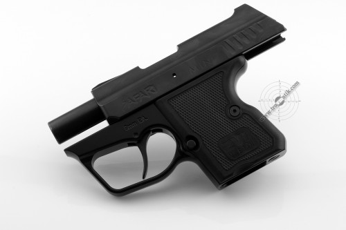 08. Травматический пистолет «SAFARI MINI» (САФАРИ МИНИ). Затвор зафиксирован.
