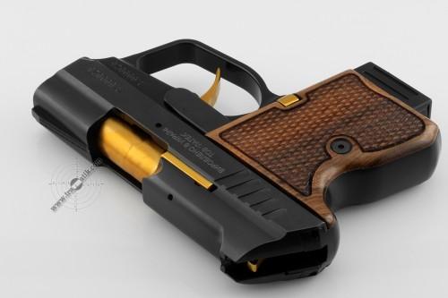 19. Травматический пистолет «SAFARI MINI» (САФАРИ МИНИ) . Позолота и орех.