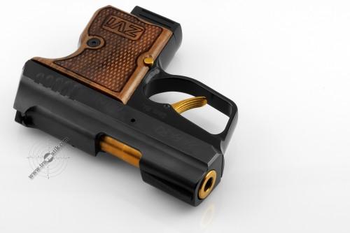 20. Травматический пистолет «SAFARI MINI» (САФАРИ МИНИ) . Позолота и орех.