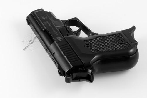 04. Травматический пистолет «Беркут-Stalker».