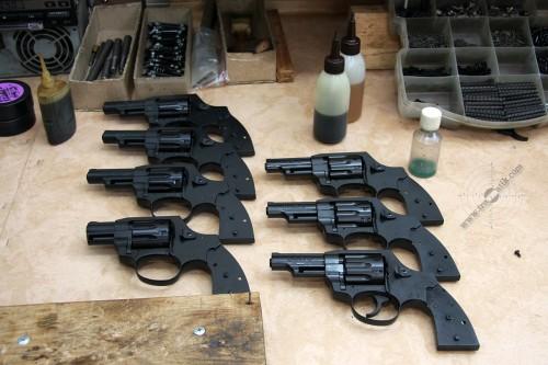 08. Револьверы под патрон Флобера перед окончательной сборкой.